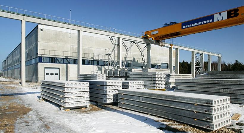 """Betono, plieno ir fasadinės stiklo konstrukcijos: """"UPB"""" stabiliai auga ir kiekvienais metais didina savo produktyvumą"""
